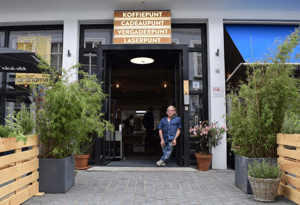 Eigenaar Jeroen in creatieve Broedplaats en laserlab Brandpunt jn Breda
