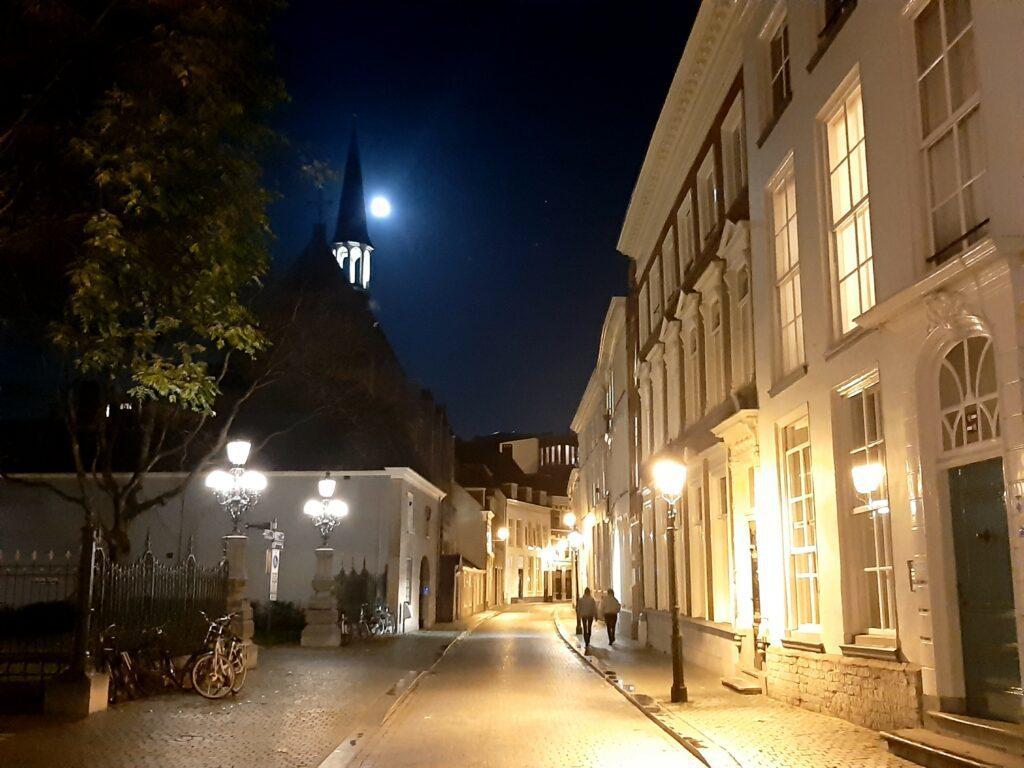 Breda by Night