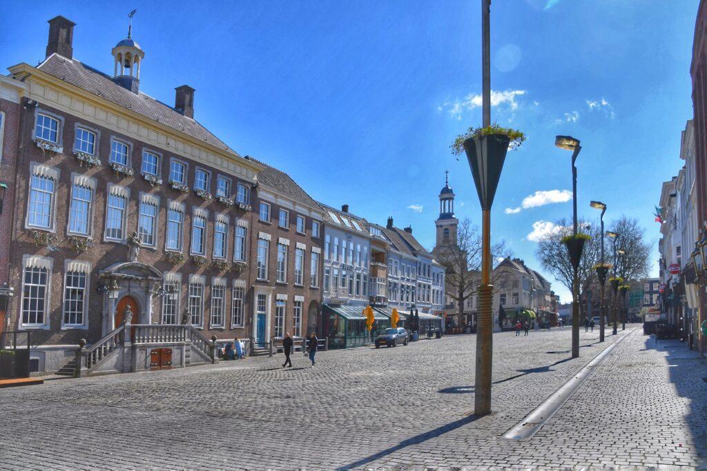 stadhuis grote markt trouwen breda