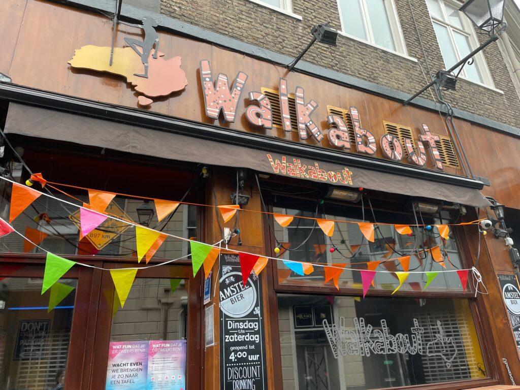 walkabout café