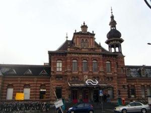 Stationsgebouw Delft oud