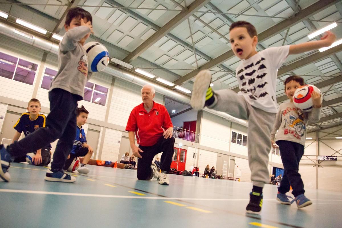 Sportvrijwilliger Peter van den Akker Delft