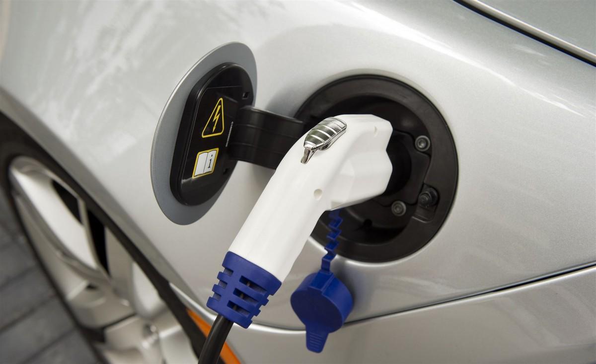 Auto opladen elektrisch ANP