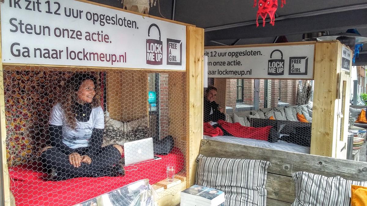 Moodz actie free a girl Delft