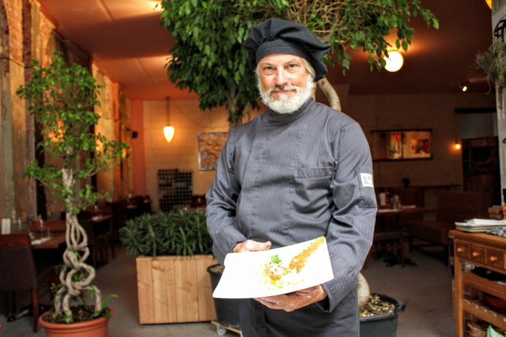 La tasca specialiteit van pasta romesco