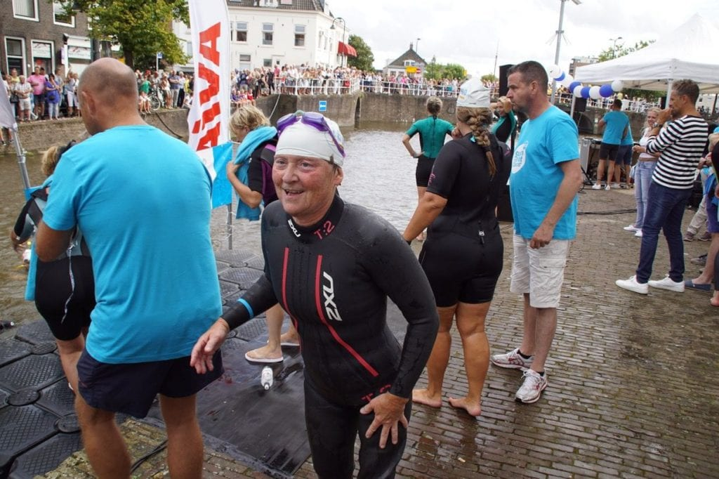 lydia-ter-beek Swim to fight cancer Delft