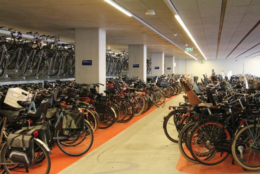 fietsenstalling-station-delft-2 stationsgebied