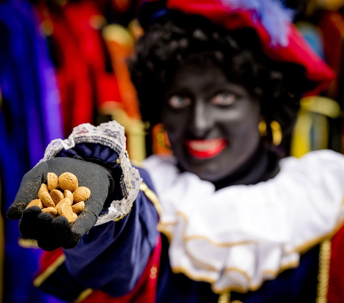 pepernoten-zwarte-piet