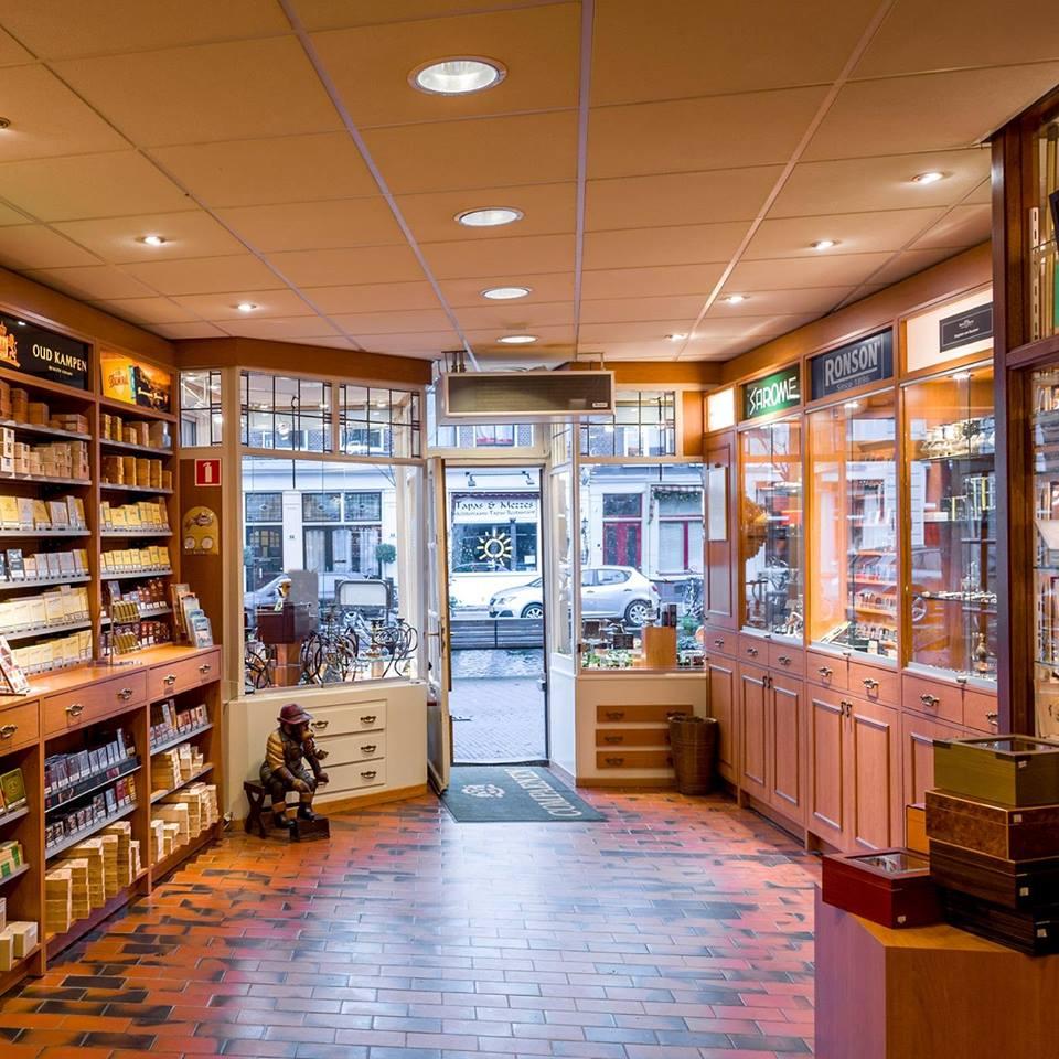 Tabaksspeciaalzaak Van Renssen