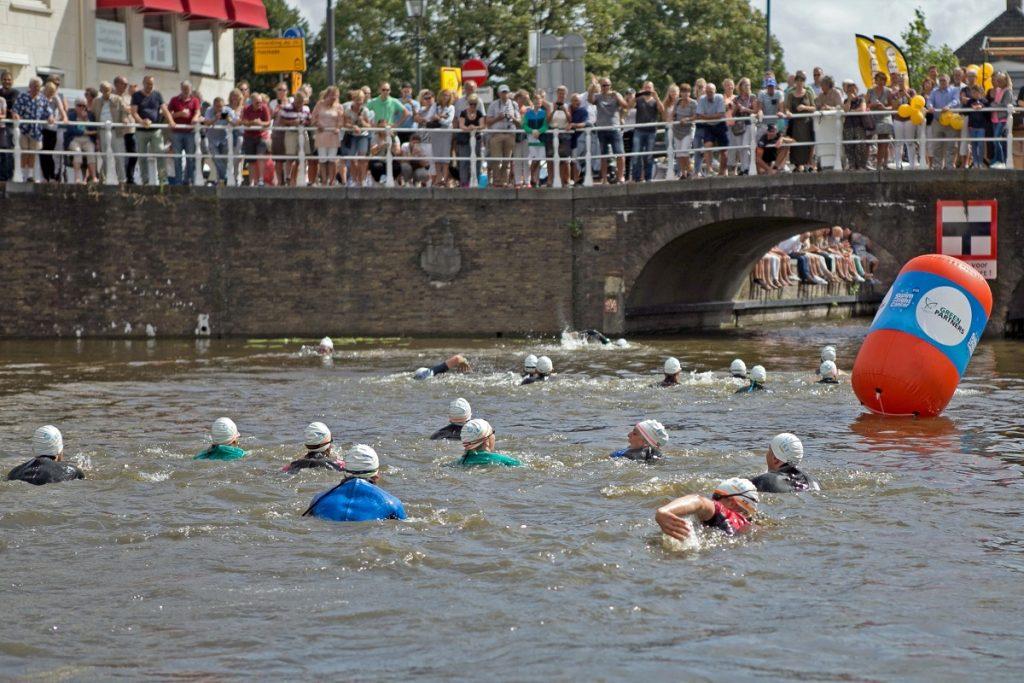 swim to fight cancer delft