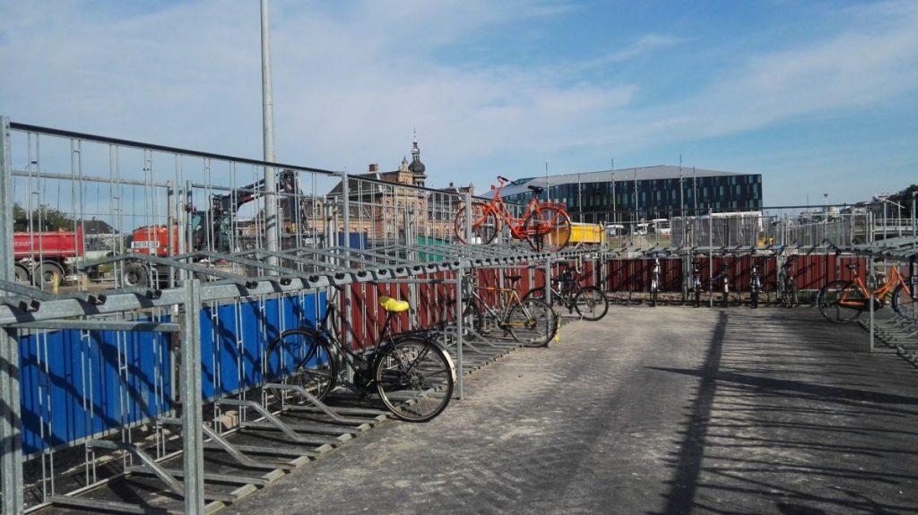 fietsenstalling hooikade