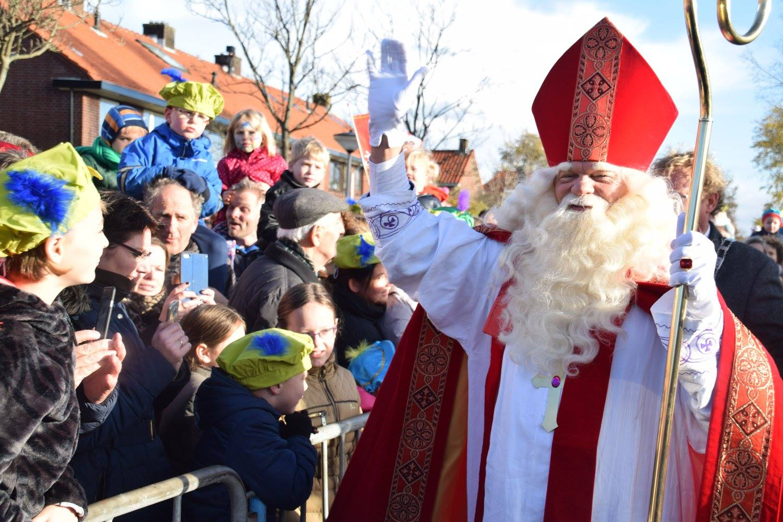 Intocht Sinterklaas den hoorn