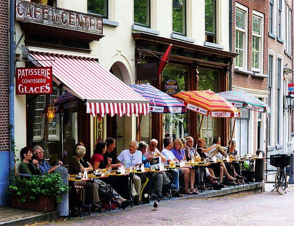 lekker weer delft oude delft café du centre terras