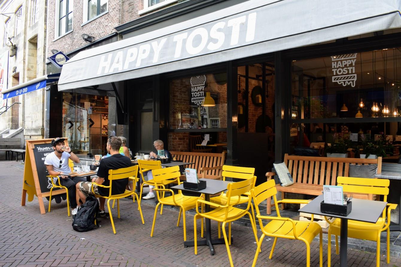 happy tosti