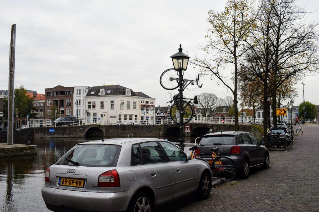 lantaarnpaal fiets oude delft