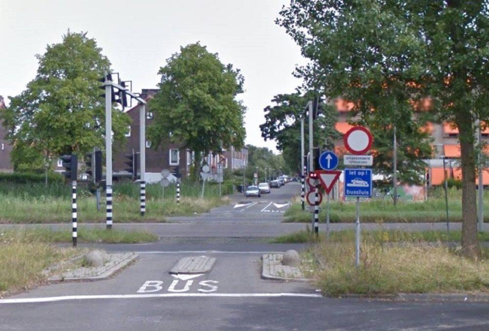 Bussluis Van Almondstraat