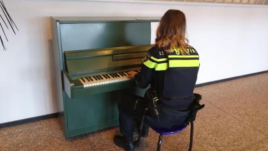 politie piano