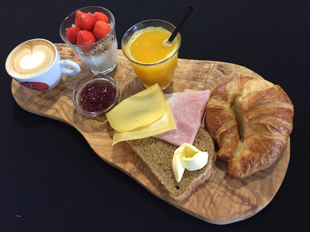 ontbijtplank otelli