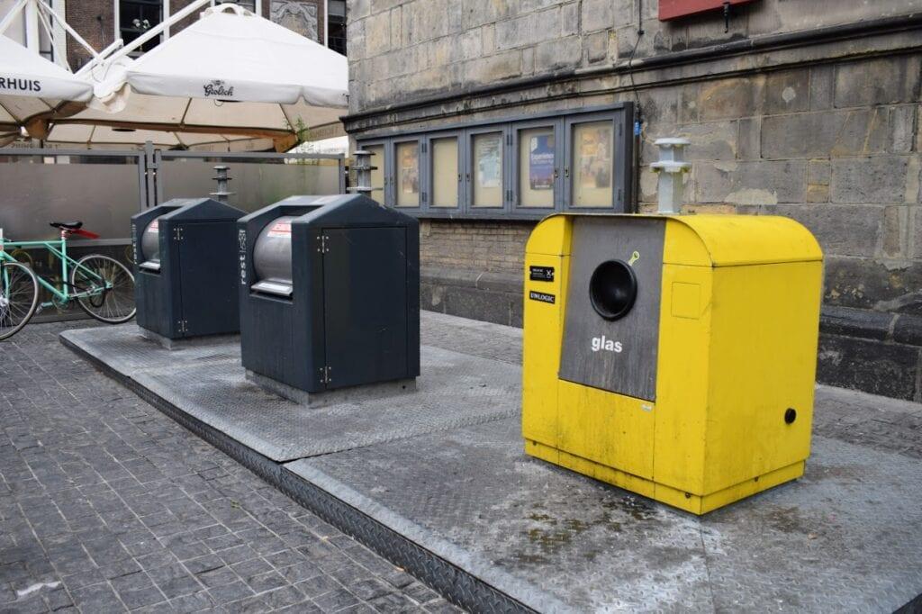 glasbak afval ondergrondse container