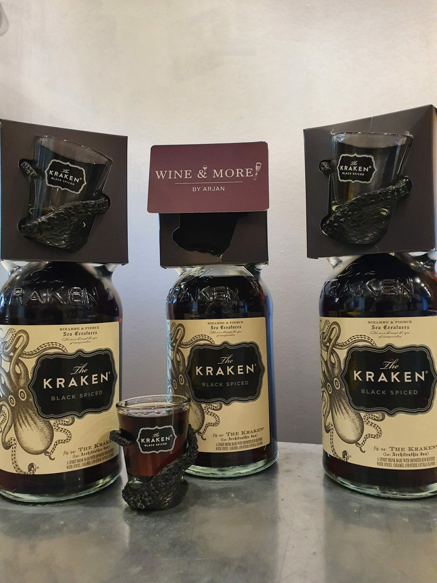 Wine & more rum Kraken