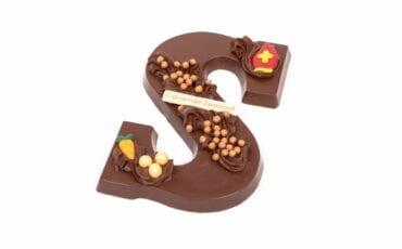 de lelie karamel zeezout chocoladeletter