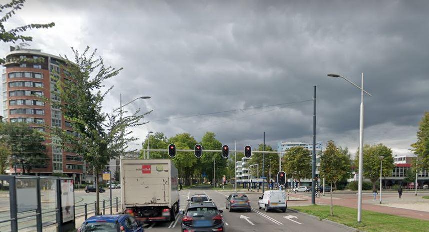 Westlandseweg stoplicht verkeerslicht wachten rood