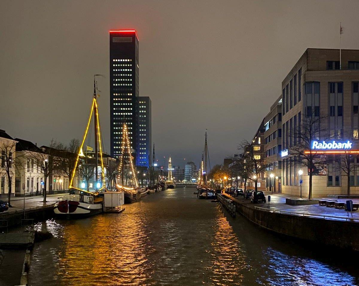 Leeuwarden-3.-Leeuwarden-in-de-avond