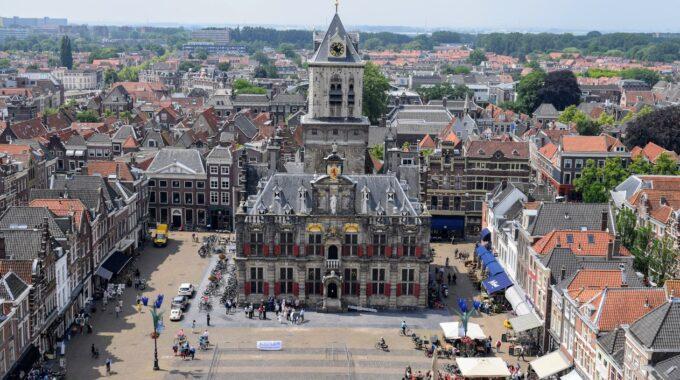 Stadhuis en Markt Delft (algemene foto)