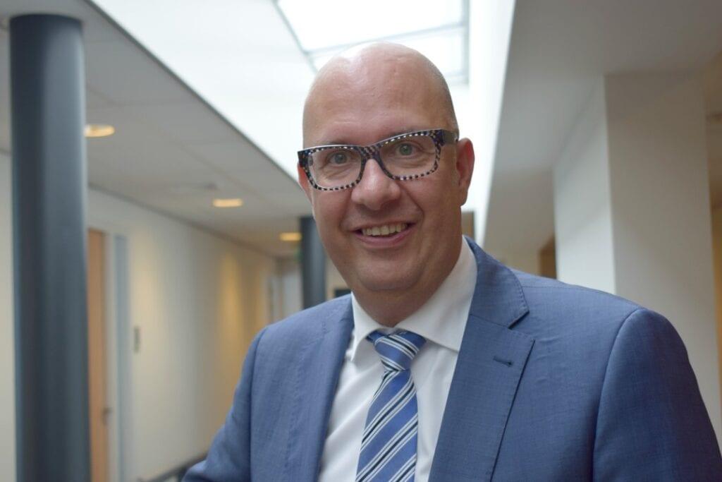 Burgemeester jack mikkers loonsverhoging