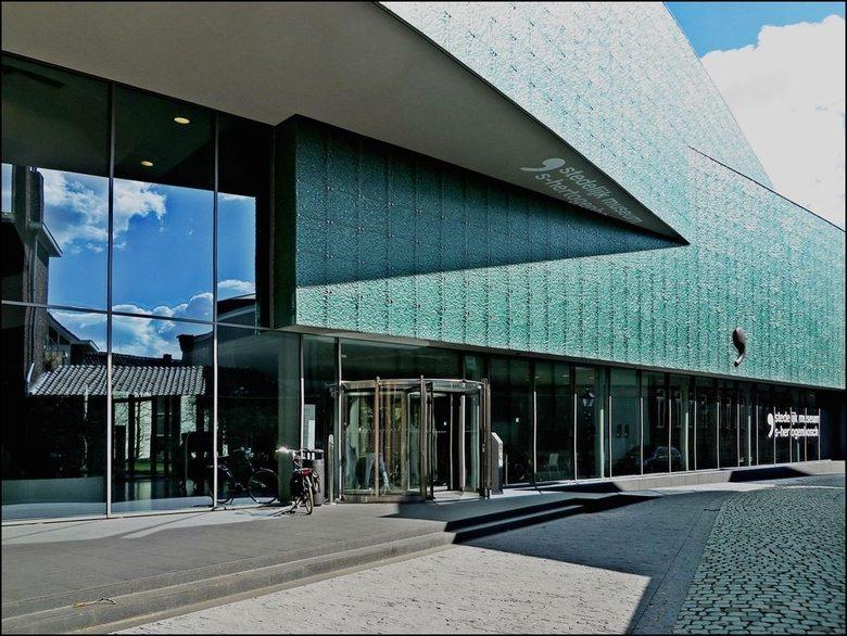 stedelijk-museum