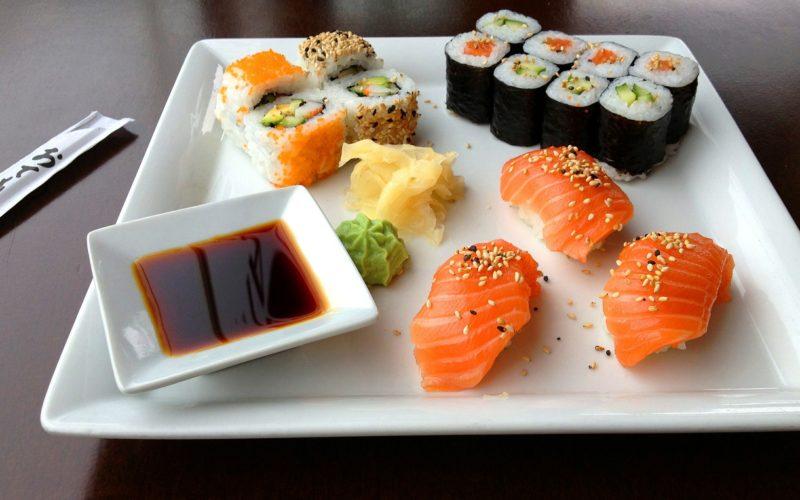 sushi-599721_1920-800x500