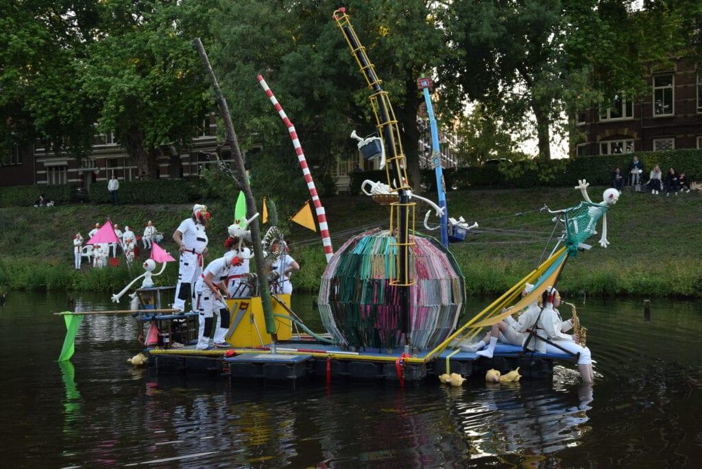 Bosch Parade