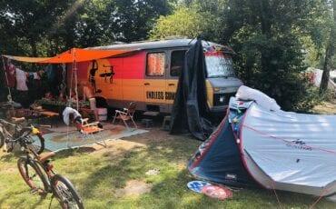 Binnenkijken bij camperbus Bas & Viol