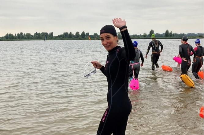 Enexis Swim to fight cancer