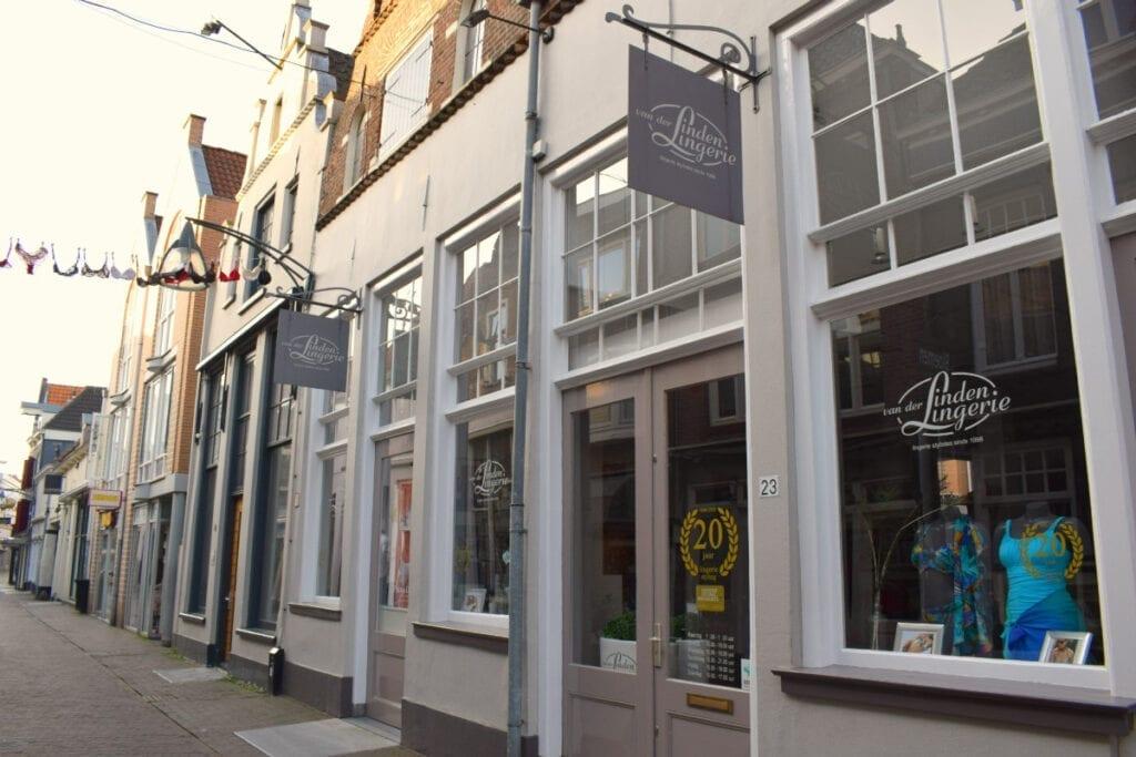 Lingeriezaak van der Linden thuisbezorgd in Deventer