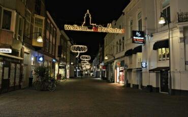 binnenstad-koopavond-sfeerverlichting
