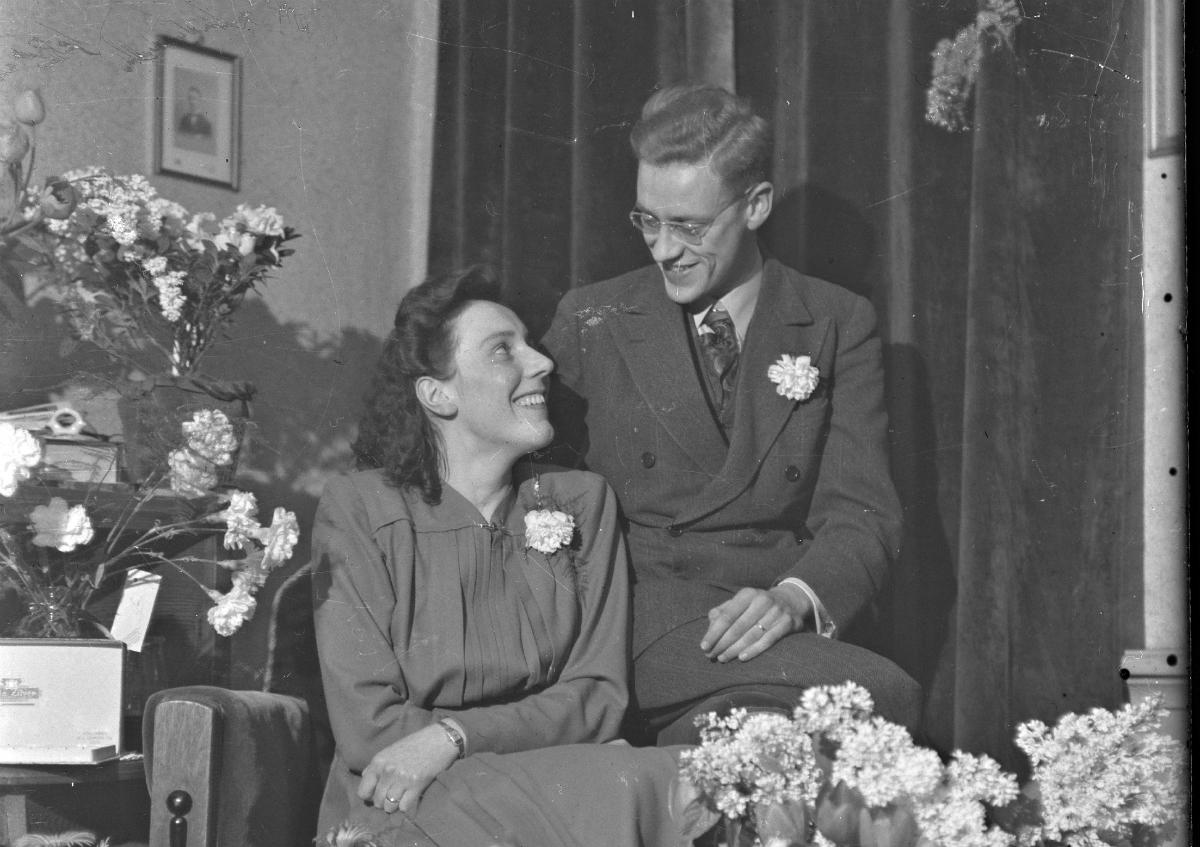 koppel-getrouwd-huwelijk-vroeger