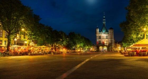 Brink-Waag-terras-verlicht