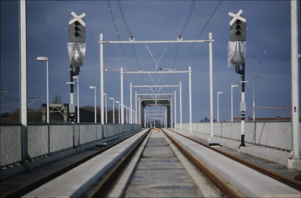 aanleg spoorbrug