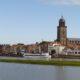 witte objecten IJssel