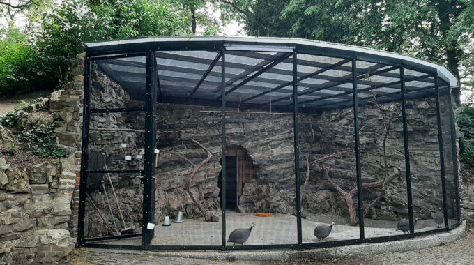 monumentale vogelkooi