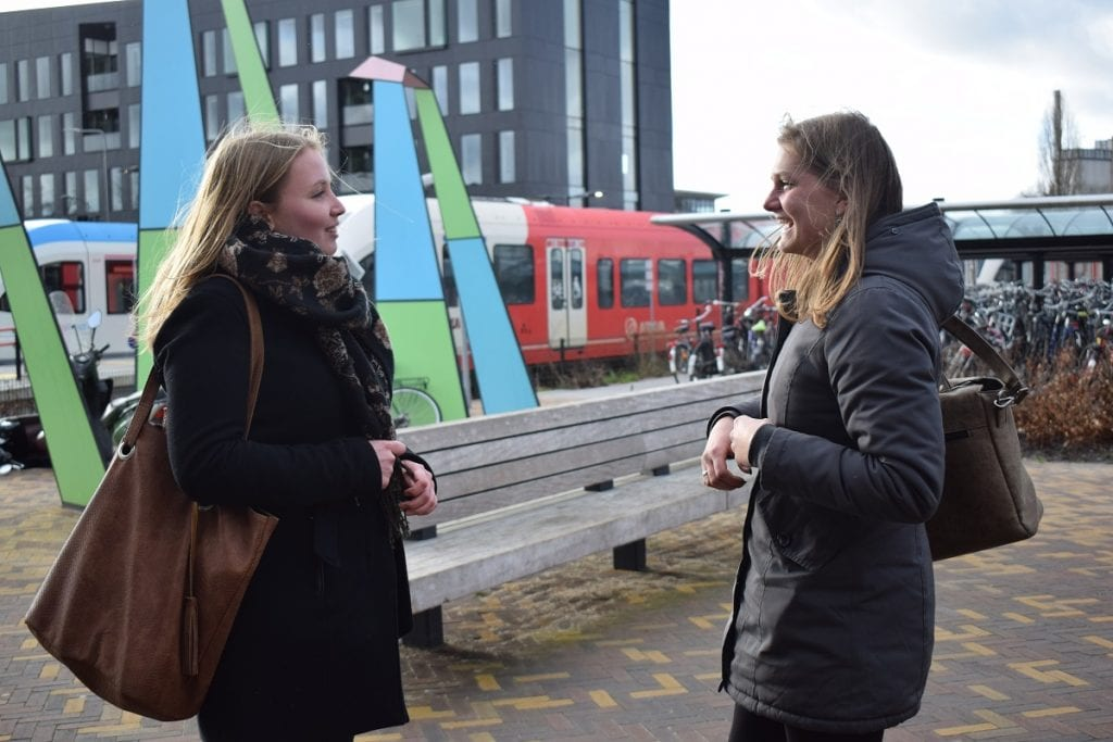 trein-storm-doetinchem-valeie-en-julia