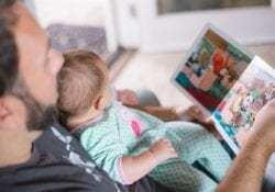 boek kinderen baby voorlezen Unsplash