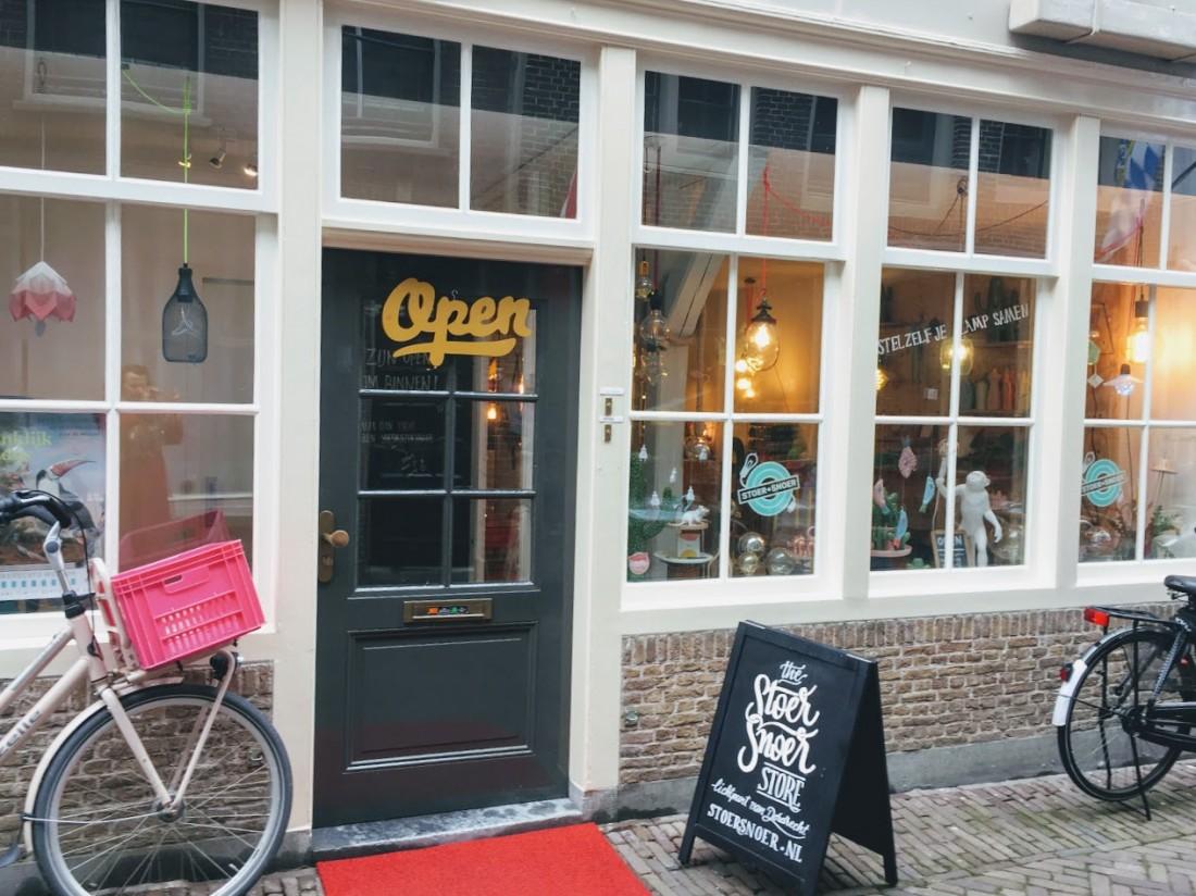 Stoersnoer - electriciteitssnoeren fittingen Dordrecht Vleeshouwersstraat - indebuurt.nl