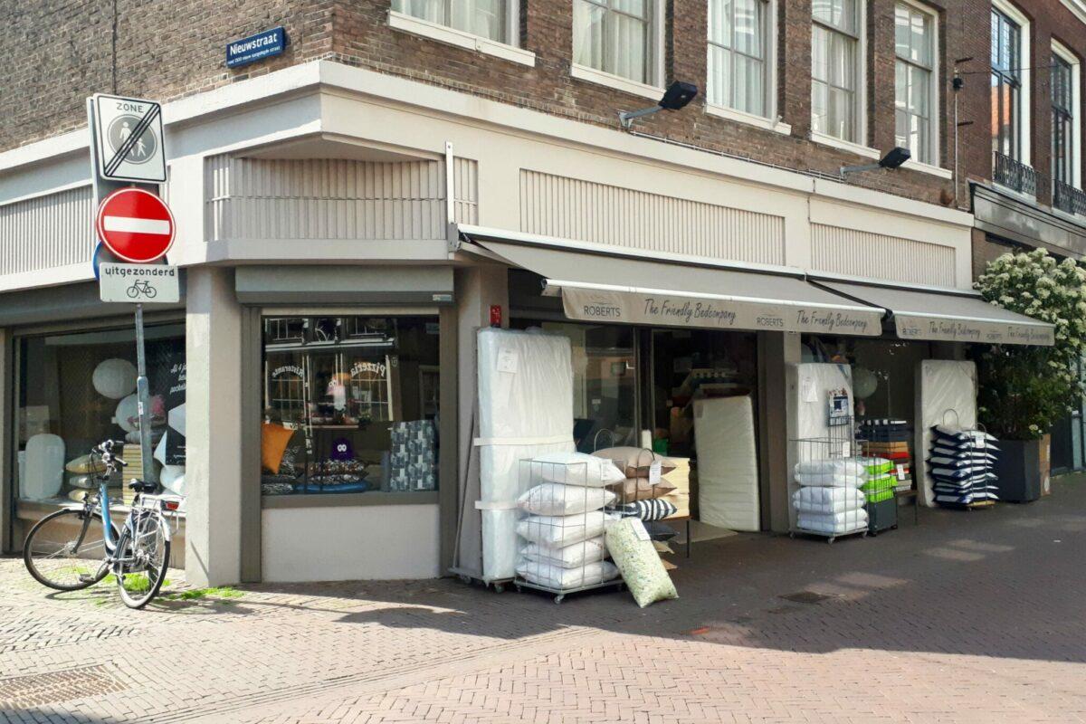 Robert's Dordrecht matrassen kussens - indebuurt Dordrecht