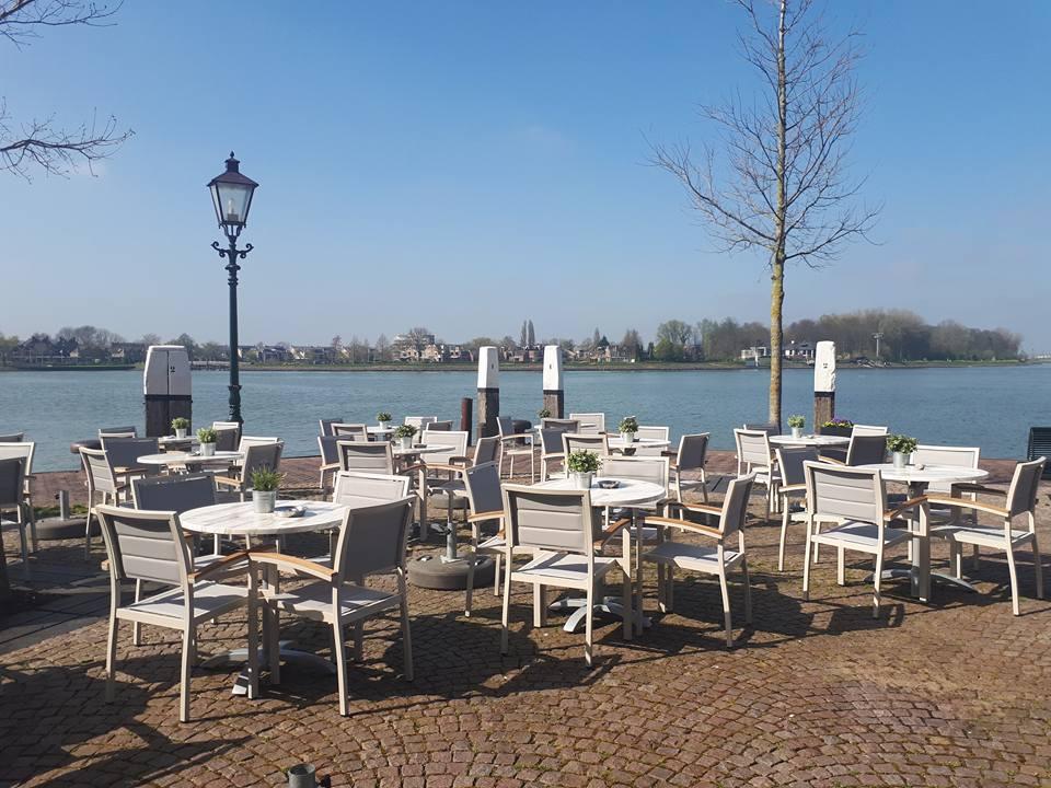terras Dordrecht eetcafé restaurant Jongepier