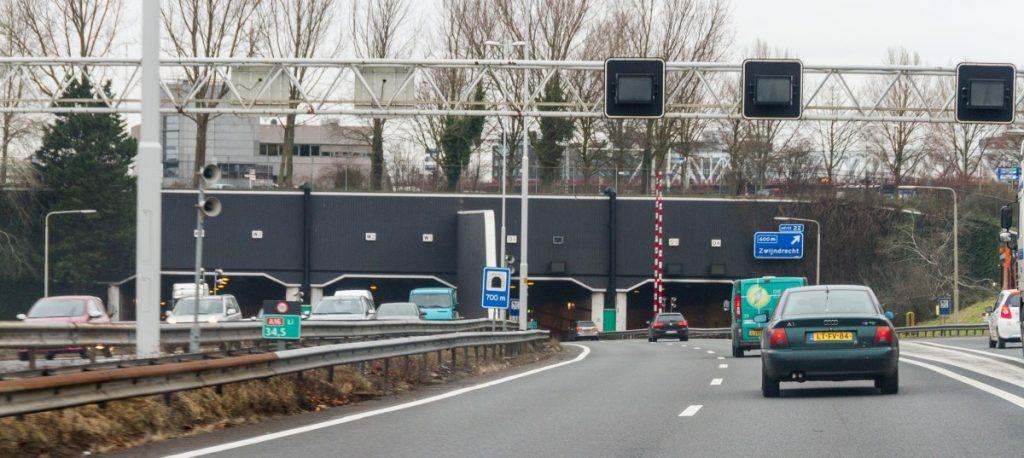 Drechttunnel is afgesloten - indebuurt Dordrecht