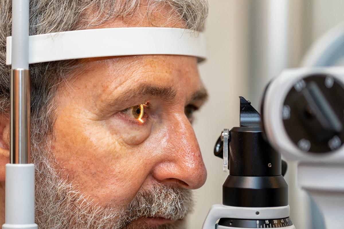 Van Roosmalen Optiek - opticien Dordrecht - oog opmeten - indebuurt Dordrecht