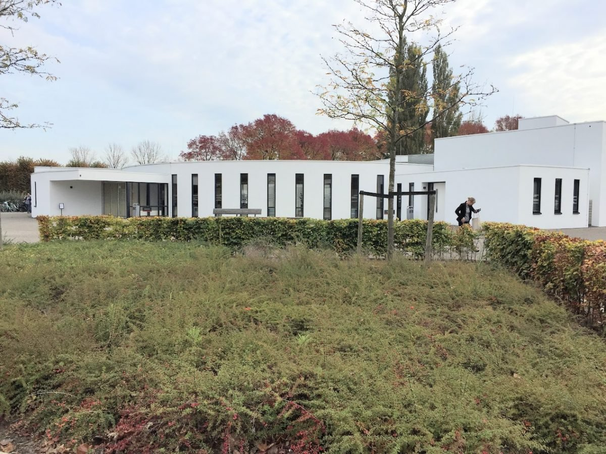 Begraafplaats De Essenhof Dordrecht - indebuurt.nl
