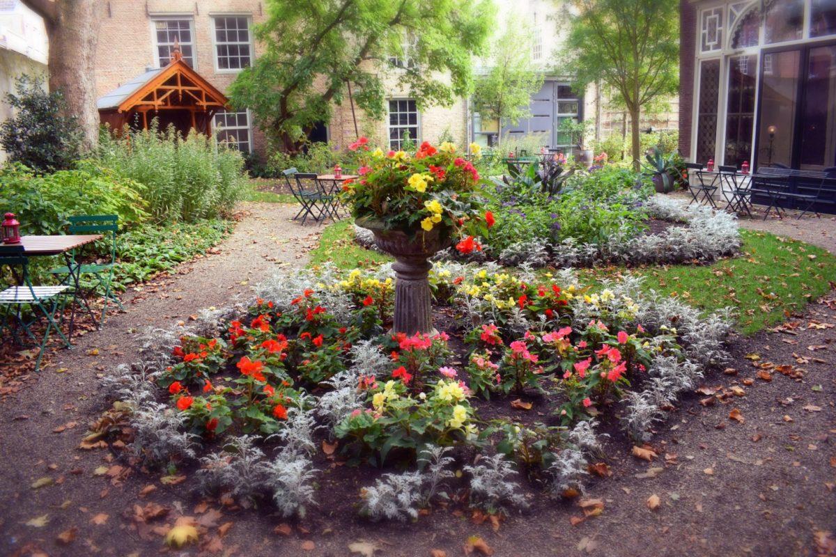 Museumtuin huis van gijn Dordrecht secret garden